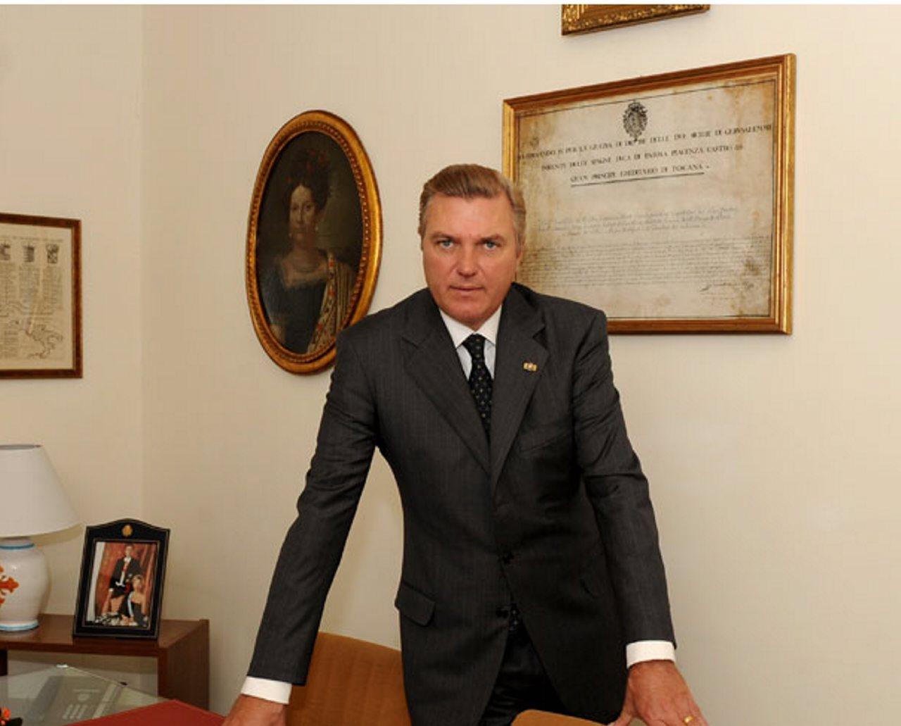 Carlo Principe ufficio#001